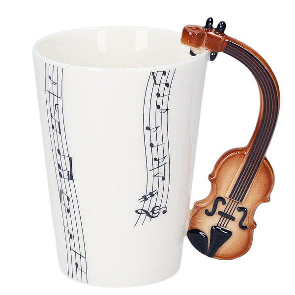 Kubek skrzypka muzyka ze skrzypcami