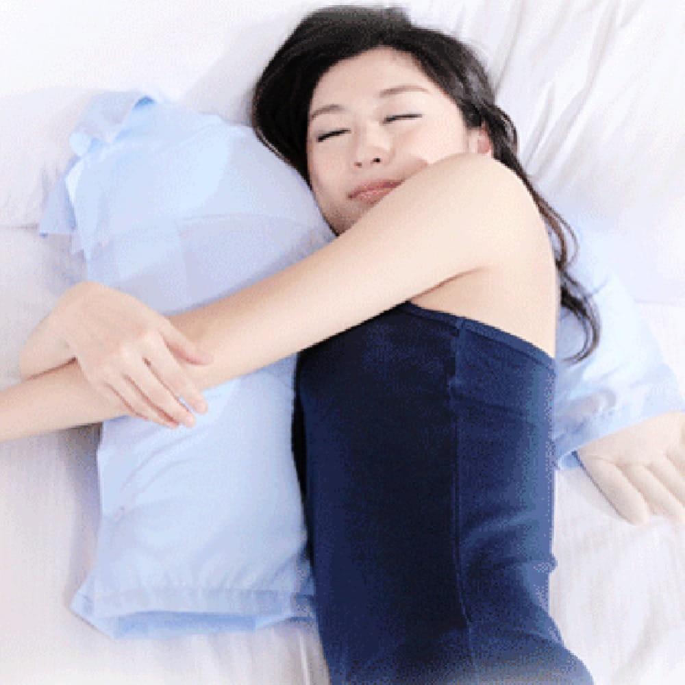 Poduszka męski ramię dla singielki